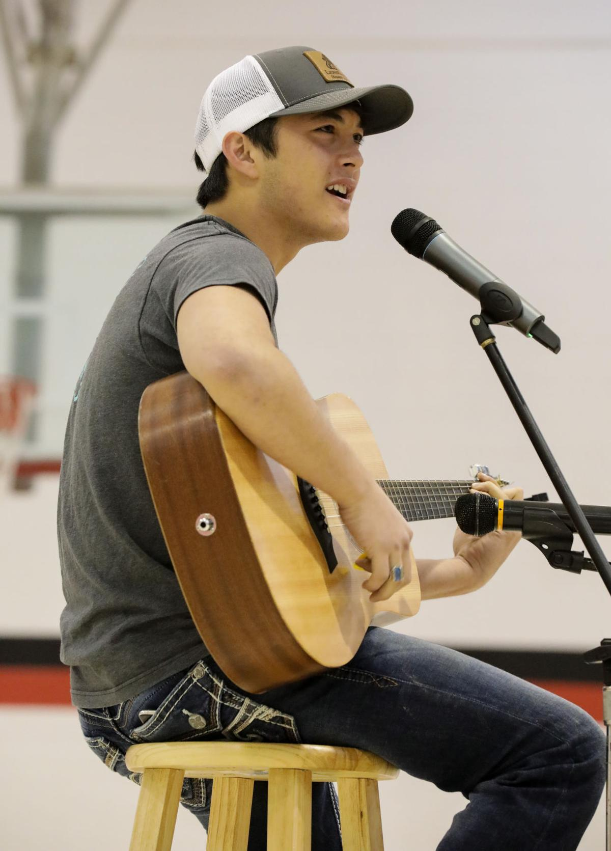 Laine Hardy Visits Frost Elementary Arts Amp Entertainment