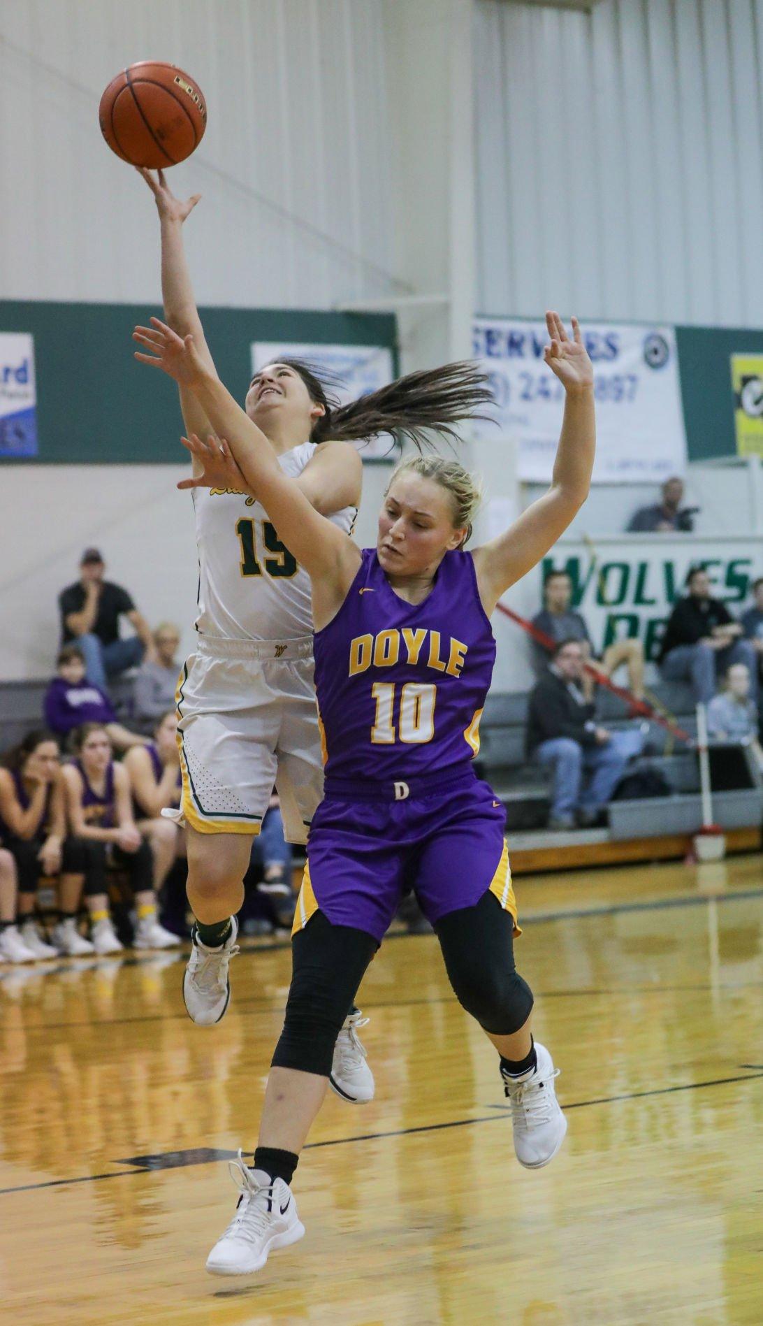 Doyle vs Walker girls basketball Mekayla Rothman Kourtlyn Lacey