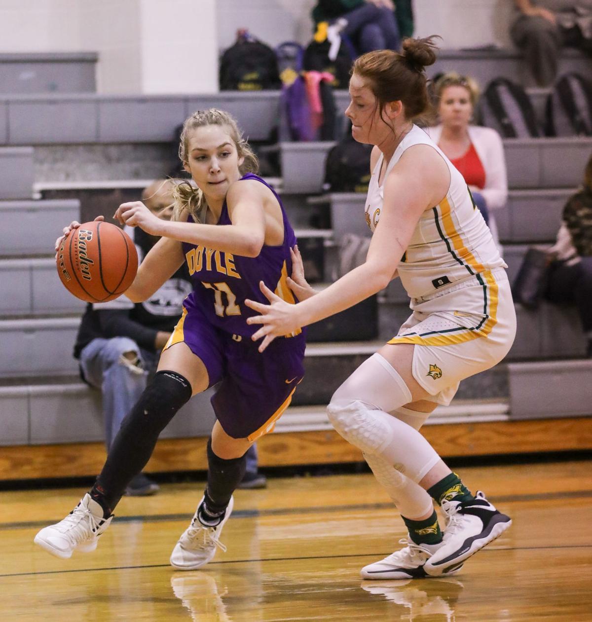 Doyle vs Walker girls basketball Presleigh Scott Victoria Smith