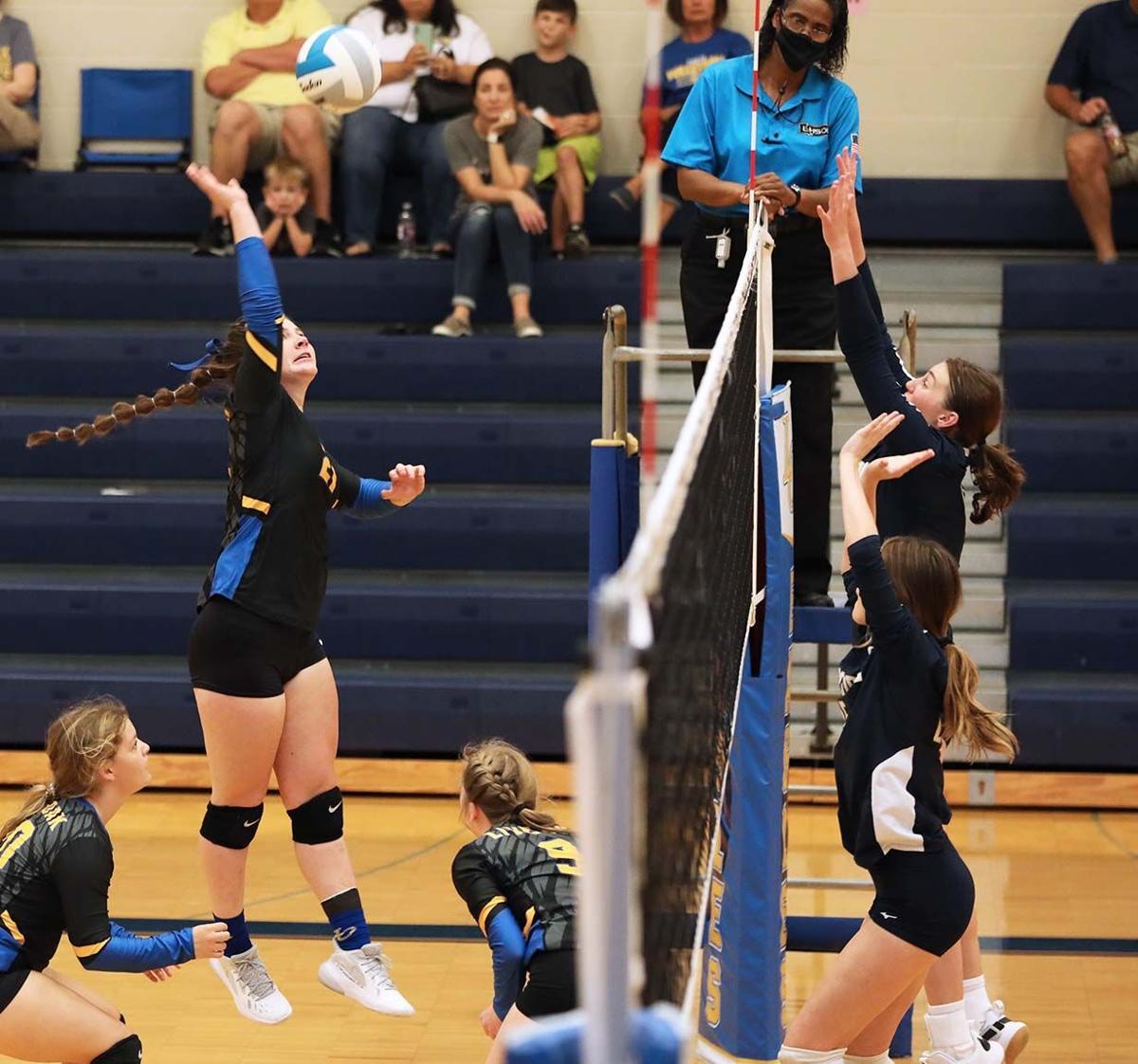 Live Oak vs Episcopal volleyball