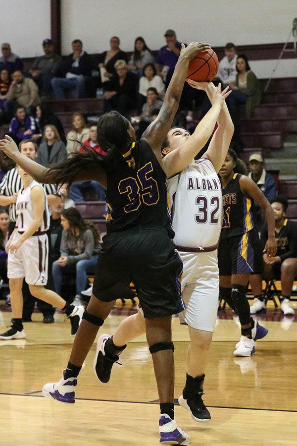 Albany vs Denham Springs girls Layla D'Fonseca(32) D. Jones (35)