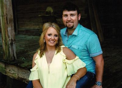 Dixon, Duvall to wed in June