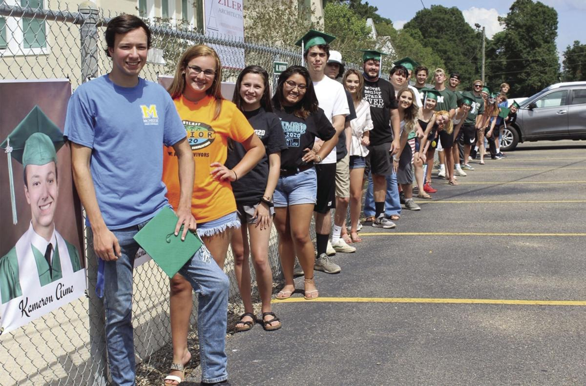 Maurepas High parade