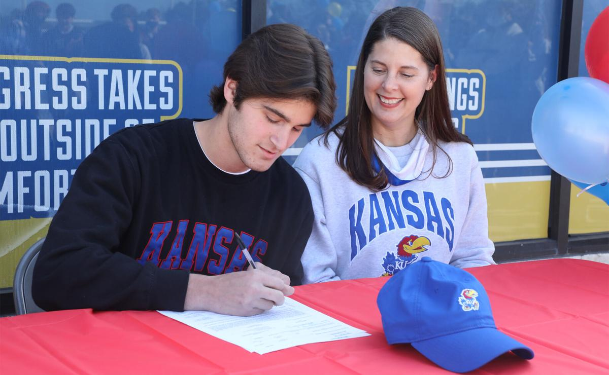 Clayton Simms signs with Kansas University