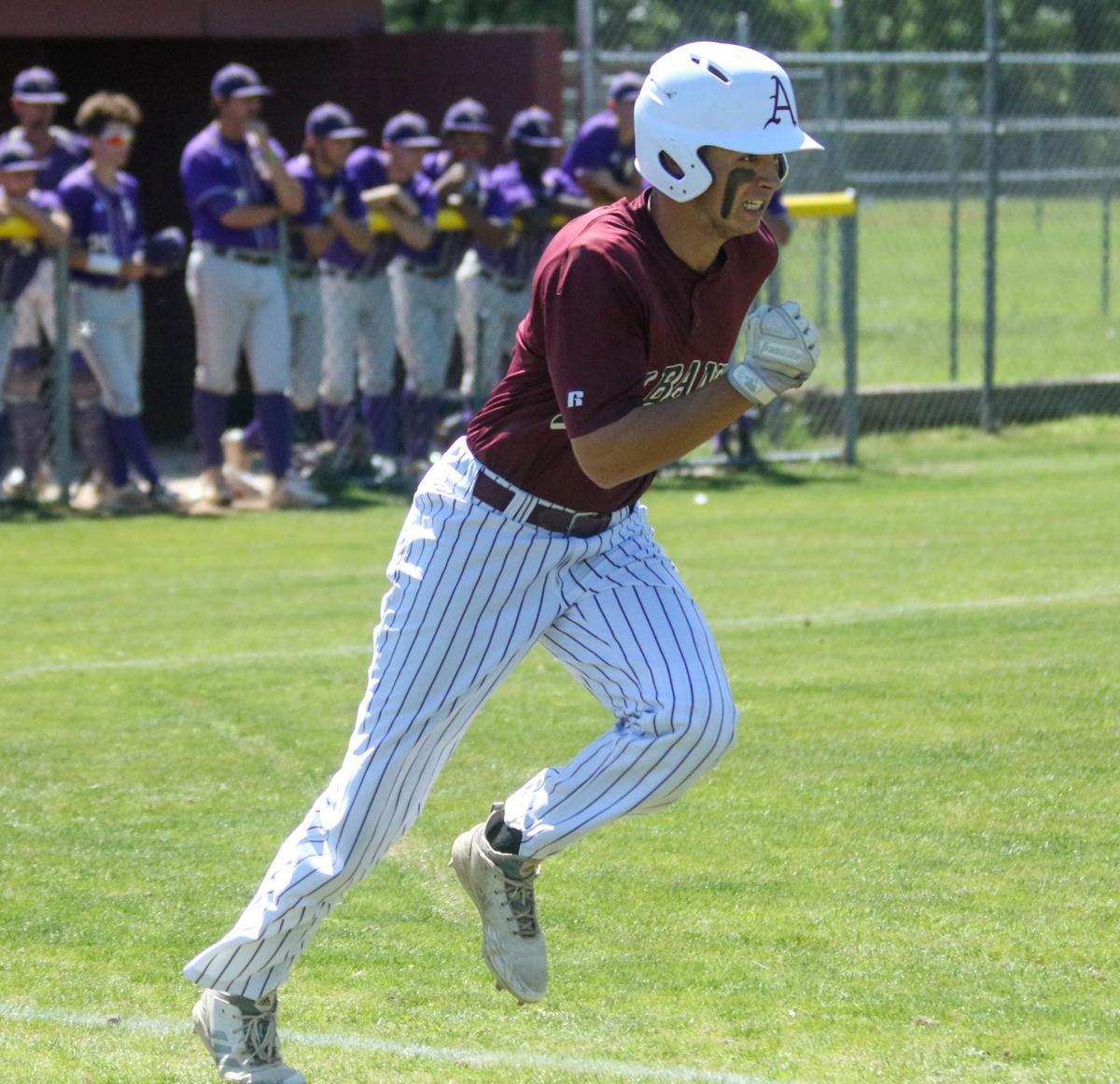 Albany vs Iowa baseball: Brock Bennett