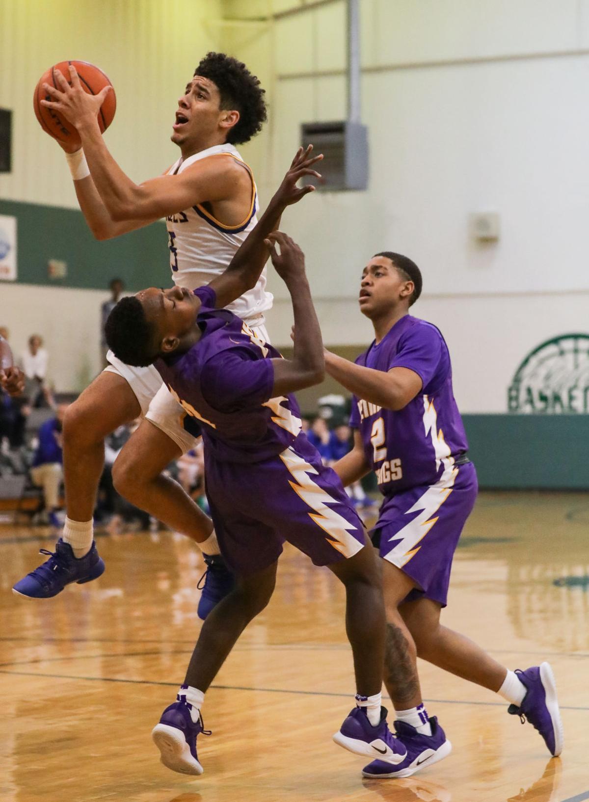 Live Oak vs Denham Springs boys basketball DaDa Capling T.J. Magee