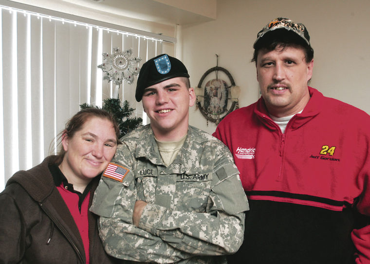 081226 soldier home1