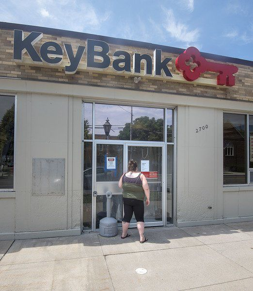 Keybank official says mold issue being addressed in Newfane location