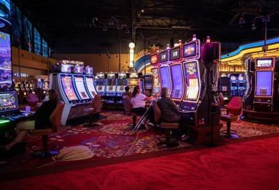 Seneca Niagara casino reopening