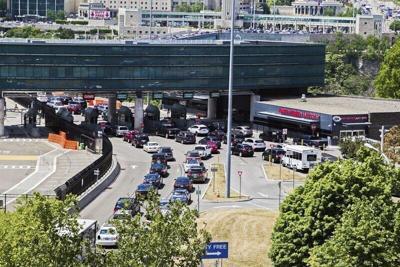 Reports: U.S.-Canada border to remain closed
