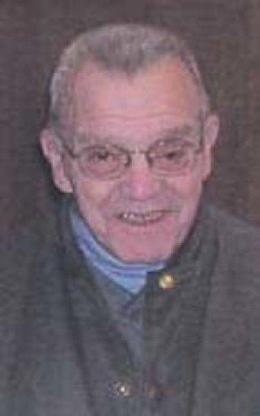 Veteran named to lead parade