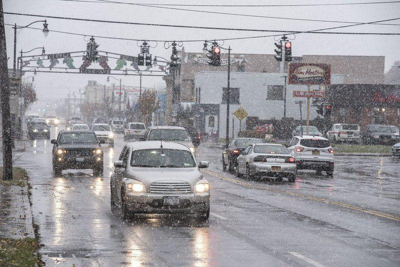 snow creeps back into wny weather picture
