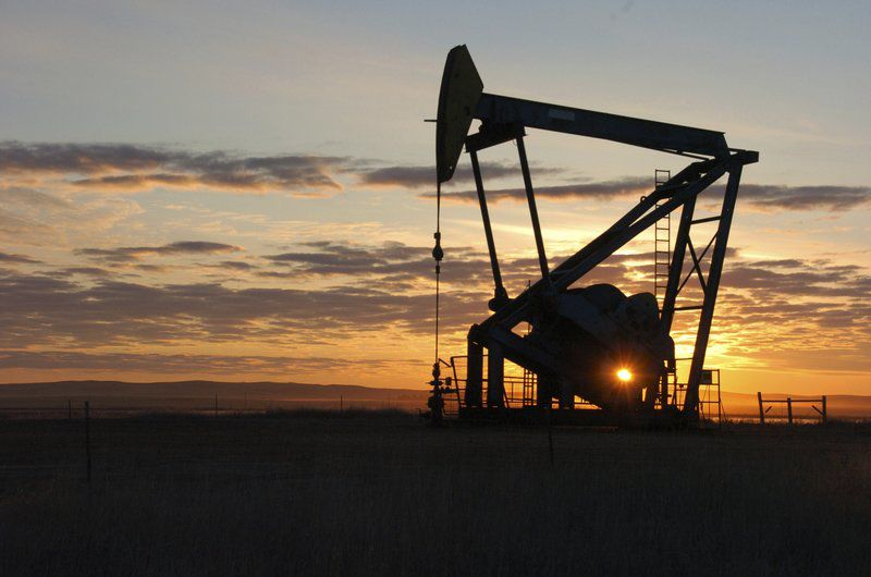 Rollbacks for fossil fuel industries carry steep cost