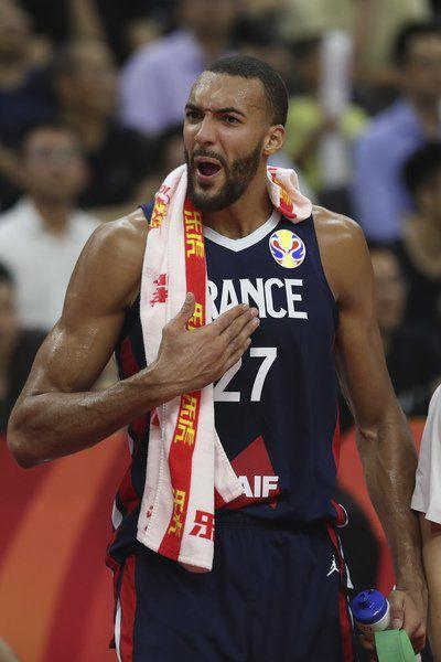 US hoopsupset by Francein World Cup