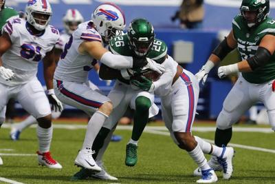 Murphy shows his worth in Bills' season-opening win