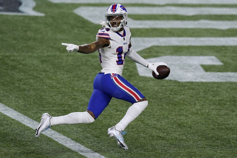 Bills crush Patriots for 1st sweep since '99