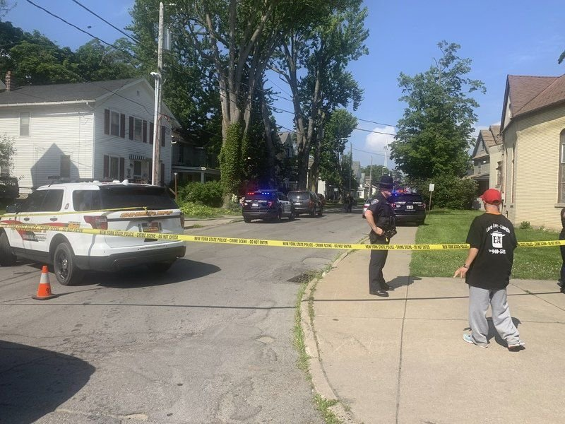 One person injured in early morning shooting in Lockport