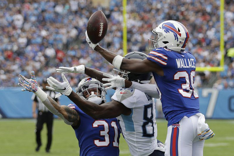 Allen throws 2 TDs, Bills' D dominant in another win