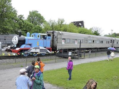 Medina Railroad Museum acquires six train coaches