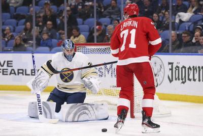 Red Wings beat Sabres in shootout