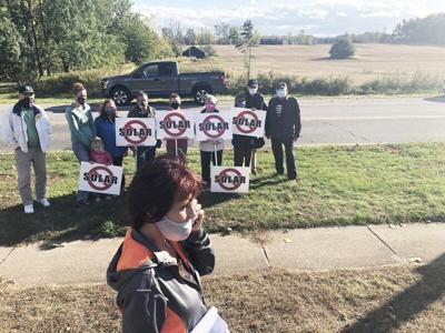Concerns aired about proposed Summit Street solar farm