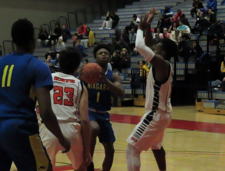 NCCC women cruise to victory; men fall to ECC into overtime