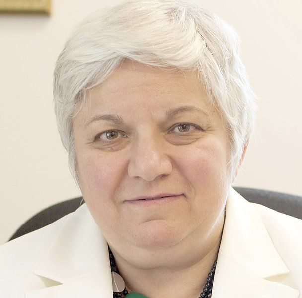 Clare Harr stepping down as hospital CEO
