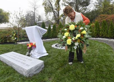 A year after limo crash killed 20, memorial is unveiled