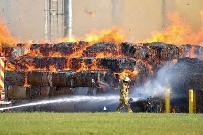 Fire at Greenpac mill in Niagara Falls