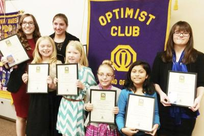 12006dca4a LHS junior wins Optimist oratorical contest