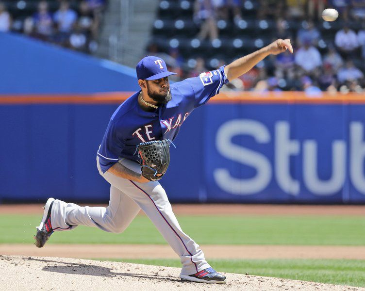 Chris Flexen gets first win, first hit as Mets defeat Rangers