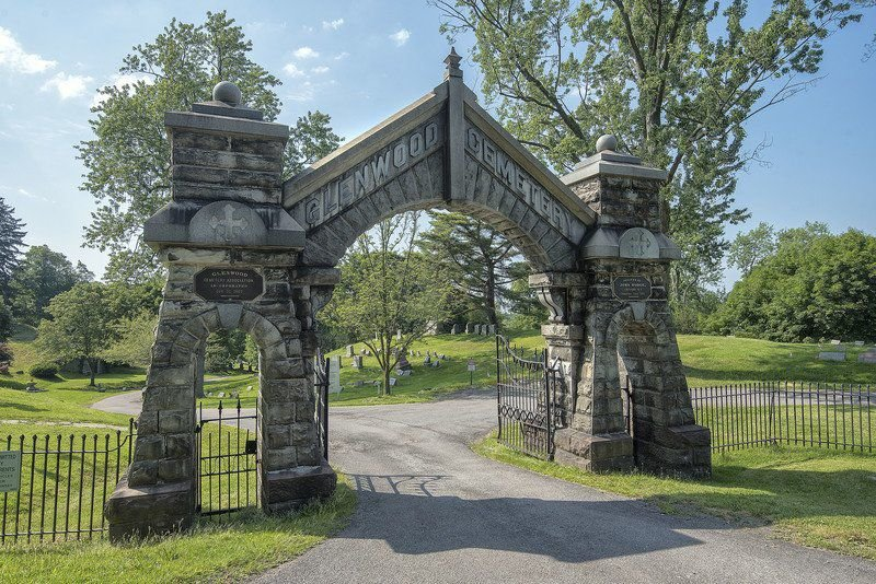 Glenwood Cemetery taking on financial challenges