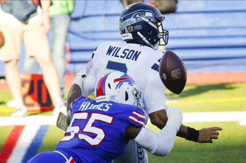 Grieving Allen shines in Bills' win over Seahawks