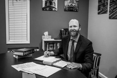 Law clerk announces run for Niagara County Court judge
