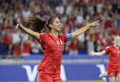 Morgan scores, Naeher saves as US beats England