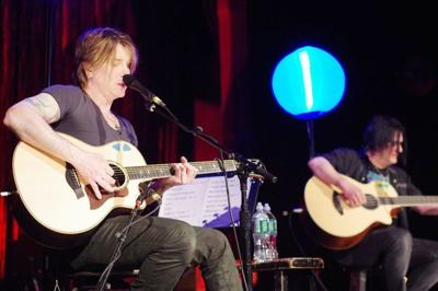 JENNINGS: The rain comes down on Goo Goo Dolls in 2004
