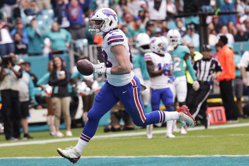 Allen, Bills offense fire away in win over Miami