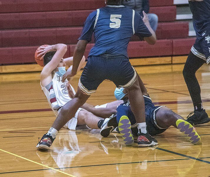 Starpoint boys hoops falls to Sweet Home