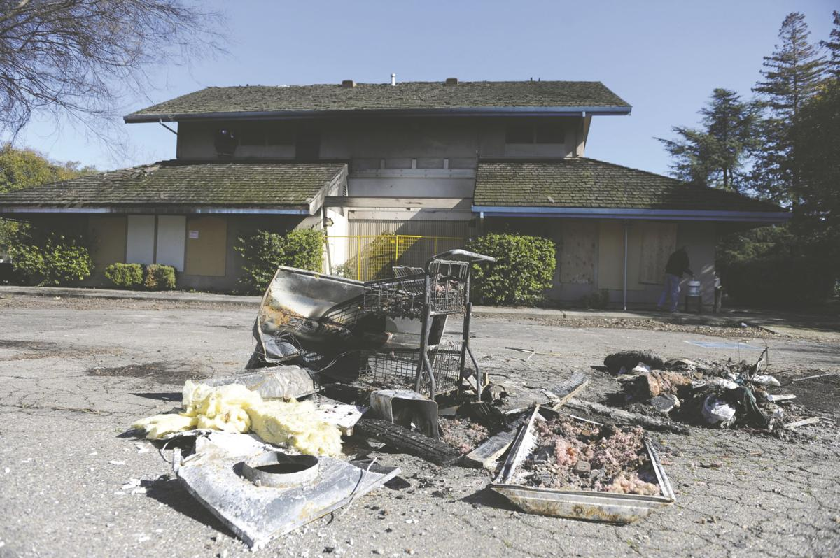 Local fires burn: Several businesses destroyed at Tower Park Marina