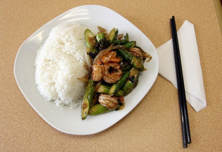 Southern Gold Chinese Cuisine family restaurant serves lunch, dinner for under $10