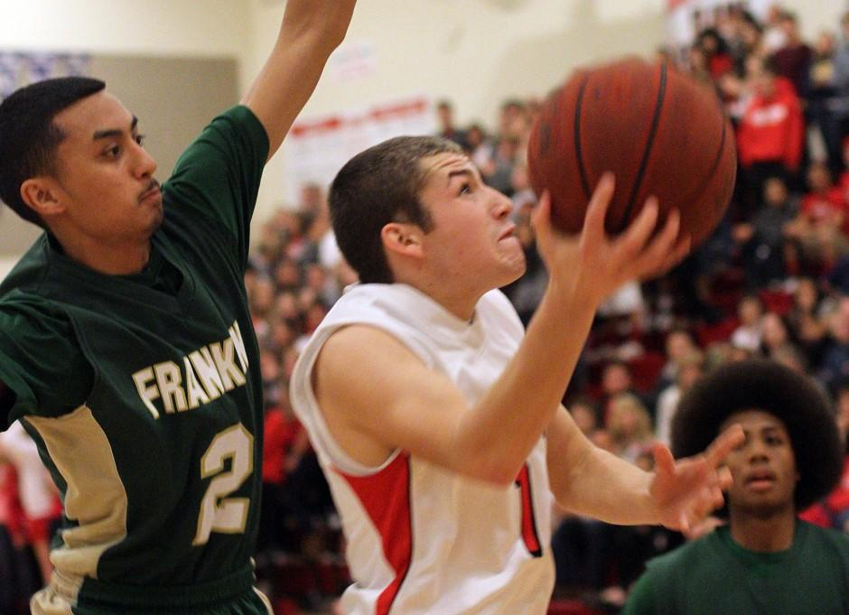 Flames rout Yellowjackets, earn share of San Joaquin Athletic Association title