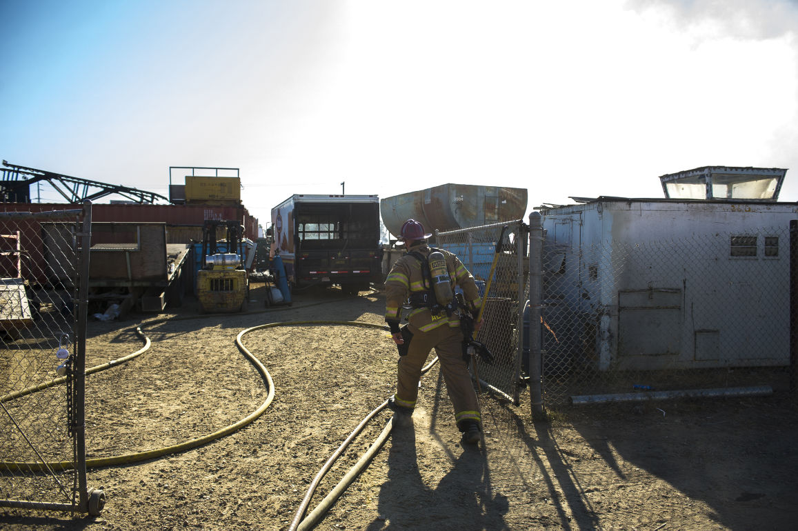 Lodi scrap yard catches fire east of Highway 99 | News | lodinews com