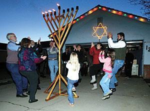 Lighting of giant menorah signals Hanukkah