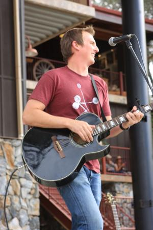 Celebrate Mother's Day with concerts, brunch at local wineries