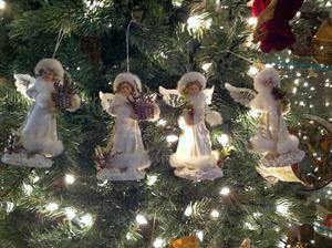 Get in the Christmas spirit at Omega Nu's Holiday Home Tour