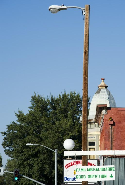 PG&E finally seeking to get paid for electricity used by 9 street lamps in Lockeford