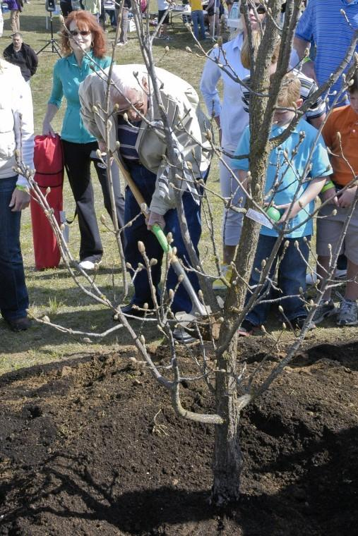 DeBenedetti Park sees 53 new trees, 29 different species