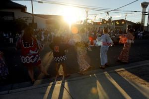 Obon Bazaar honors loved ones through dance