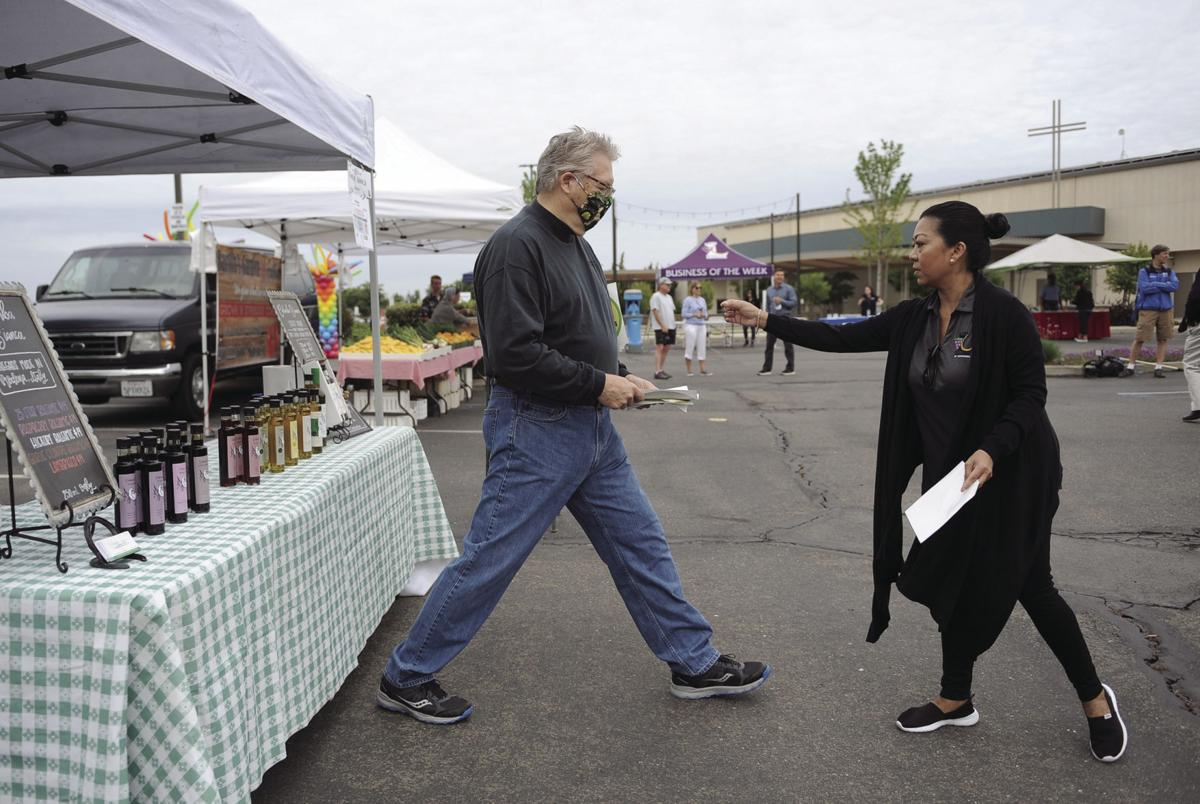 Going the social distance: Lodi farmers market opens with some new rules