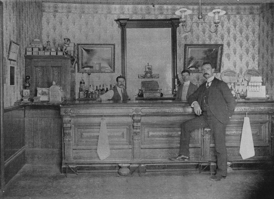 Saloon denied in heated 1914 meeting